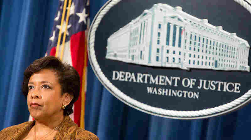 Lynch Will Accept Recommendations Of Lawyers, Agents On Clinton Email Probe