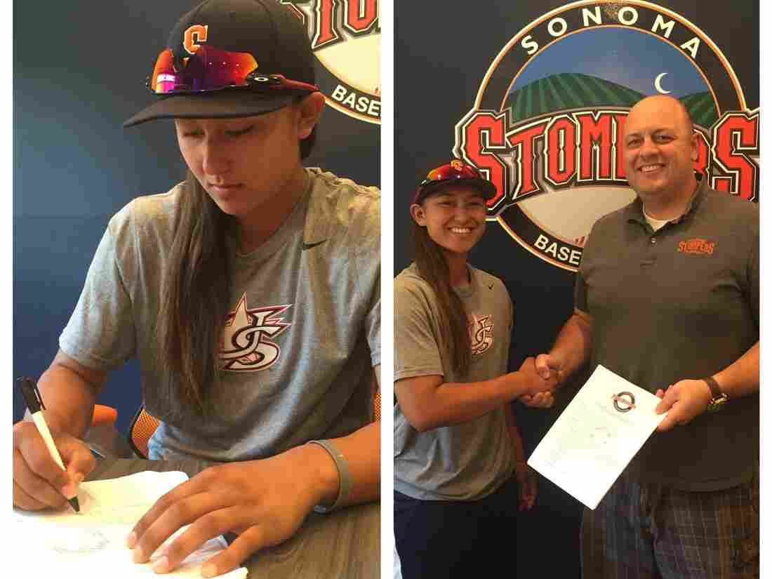 Kelsie Witmore signs with the Sonoma Stompers.