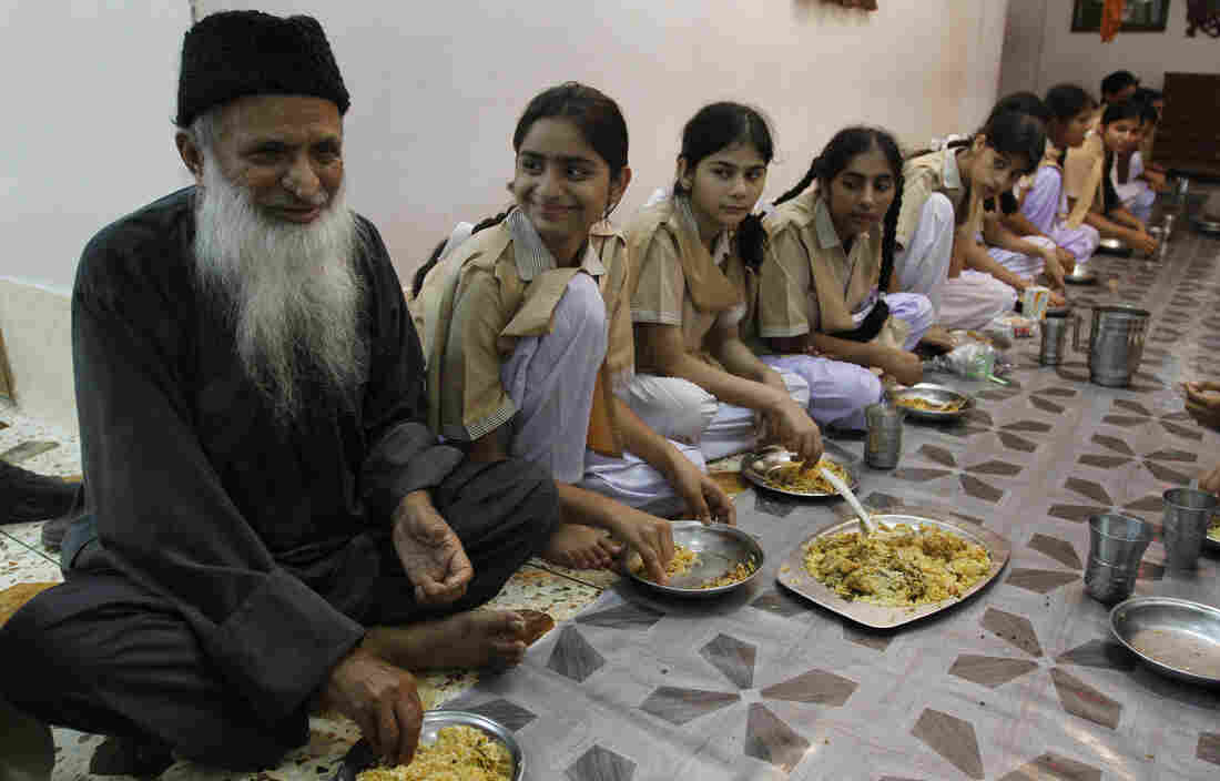 Pakistan grieves for champion of the poor Abdul Sattar Edhi