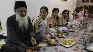 Abdul Sattar Edhi, Known As 'Pakistan's Mother Teresa,' Dies At 88