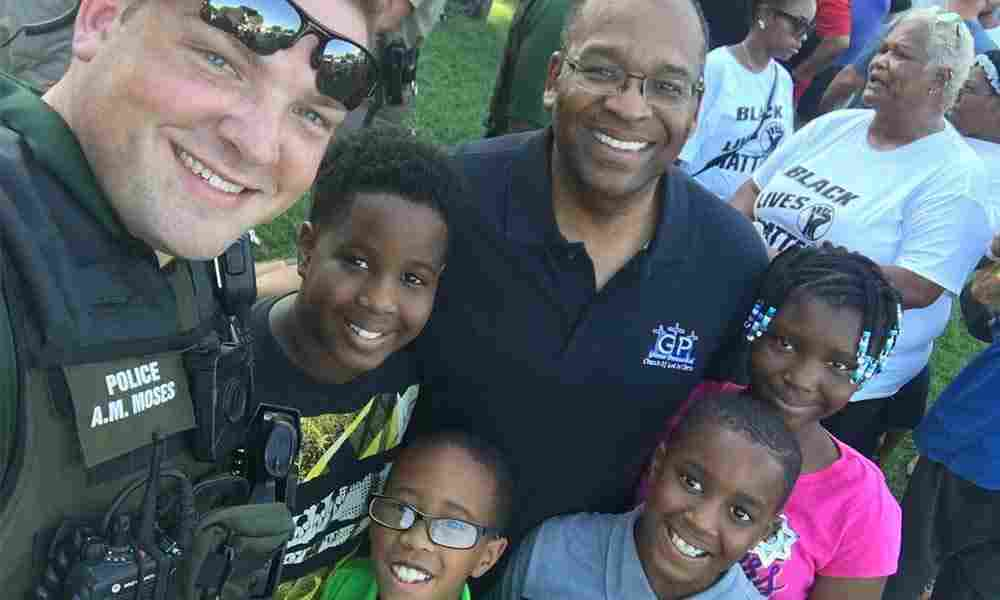 Wichita Chief of Police will co-host community barbecue on Sunday