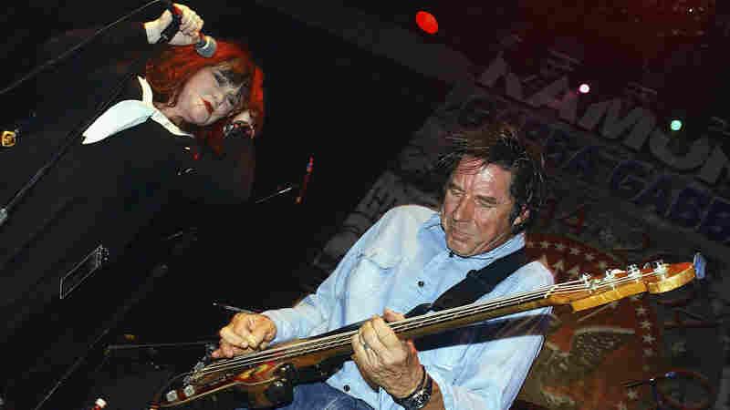 Exene Cervenka and John Doe perform in Hollywood in September 2004.