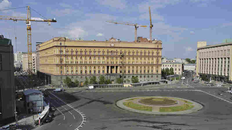 A view of the Russian Federal Security Services (FSB) on Lubyanka Square in Moscow in 2013. Journalists, dissidents and human rights workers say they are often followed or harrassed by the Russian spy service.
