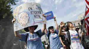 Sanders Supporters Boo As He Calls For Them To Vote For Clinton