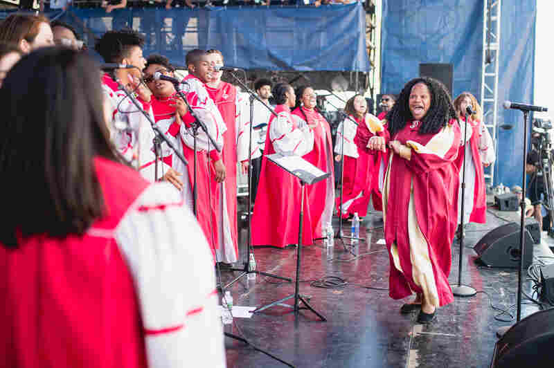 Performing at the Newport Folk Festival for the fourth year in a row, the Berklee Gospel and Roots Choir opened the Fort Stage on Sunday morning.
