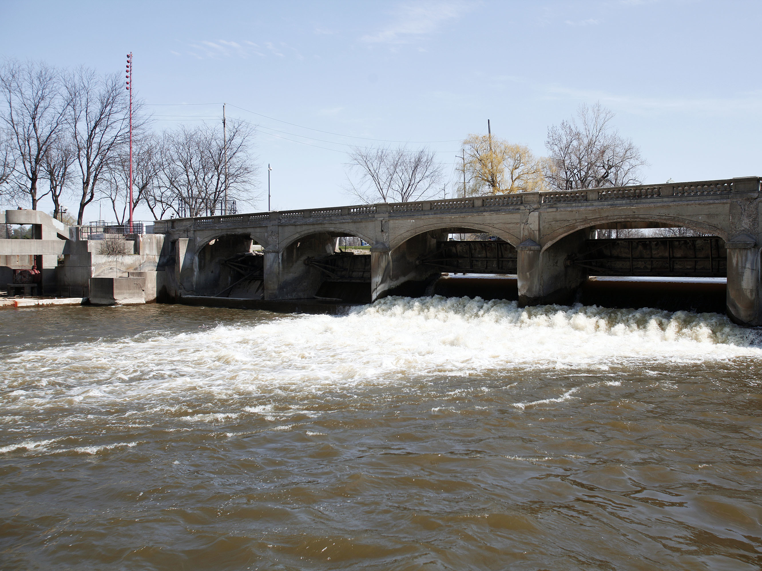 They 'Failed': 6 More Michigan Employees Charged In Flint Water Crisis