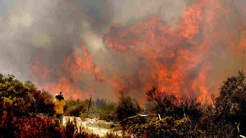 Firefighters Gain Ground On 2 Big California Blazes But A 3rd Gains Strength