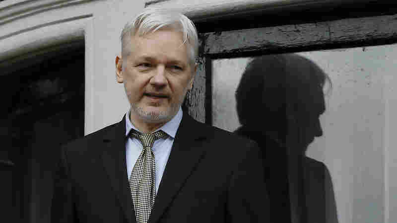 Ecuador Says Swedish Prosecutors To Question Assange 'In The Coming Weeks'