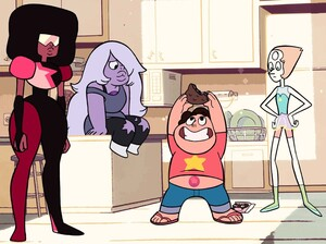 Left to right: Garnet, Amethyst, Steven and Pearl.