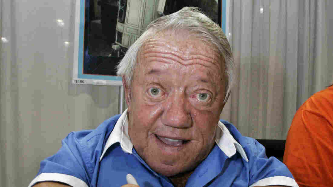 R2-D2 actor Kenny Baker dies