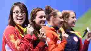 China Celebrates Bronze-Winning Olympic Swimmer's Spirit