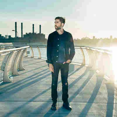 First Listen: The Album Leaf, 'Between Waves'