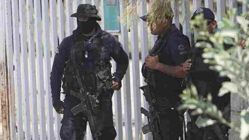Mexican Police Murdered 22 And Manipulated Crime Scene, Review Finds