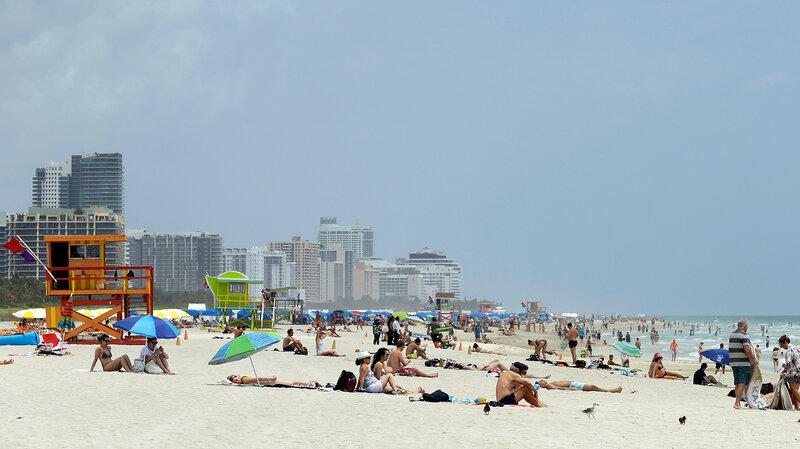 New Zika Outbreak Hits Por Tourist Destination Of Miami Beach Shots Health News Npr
