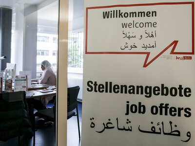 Despite Early Optimism, German Companies Hire Few Refugees