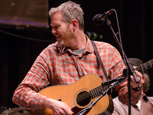 Robbie Fulks.