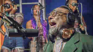 George Clinton & Parliament Funkadelic, 'Flash Light' (Live)