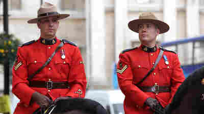 Canada's Mounties Say Female Officers Can Wear Hijabs
