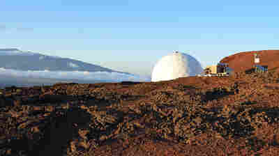 'Mars Mission' Crew Emerges From Yearlong Simulation In Hawaii