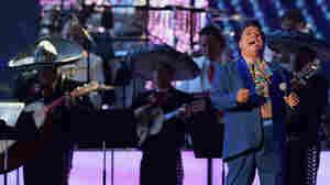 LISTEN: 4 Juan Gabriel Songs You Should Hear Now