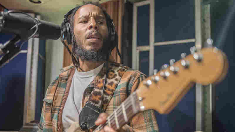 Ziggy Marley, 'Start It Up' (Live)