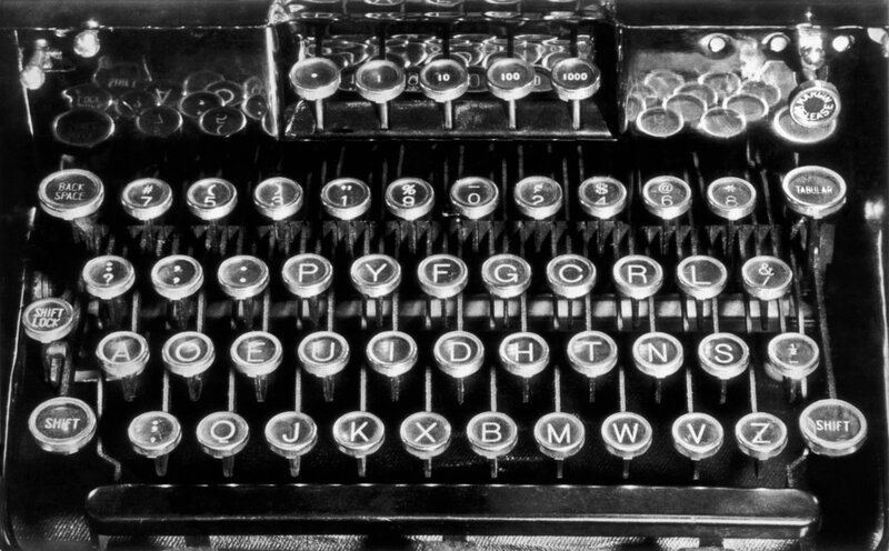 difference between keyboard and typewriter
