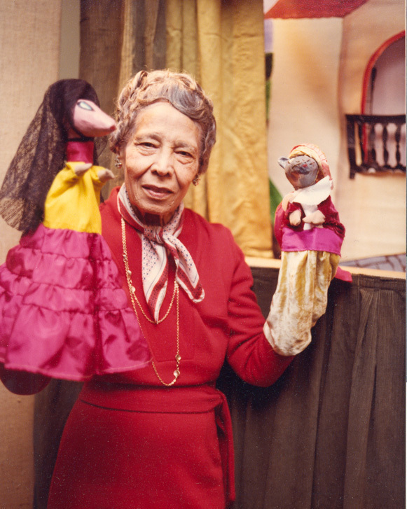Belpré traveled all over New York, from the Bronx to the Lower East Side, telling stories with puppets in Spanish and English. Image courtesy of The Pura Belpré Papers, Archives of the Puerto Rican Diaspora, Center for Puerto Rican Studies, Hunter College, CUNY