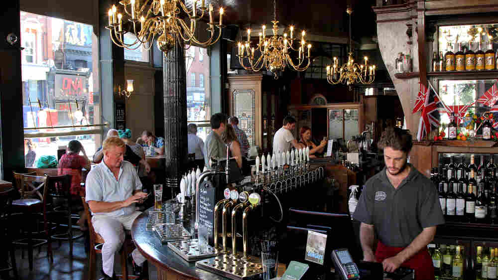 London Borough Raises Pints — And Legal Protections — To U.K.'s Fading Pubs