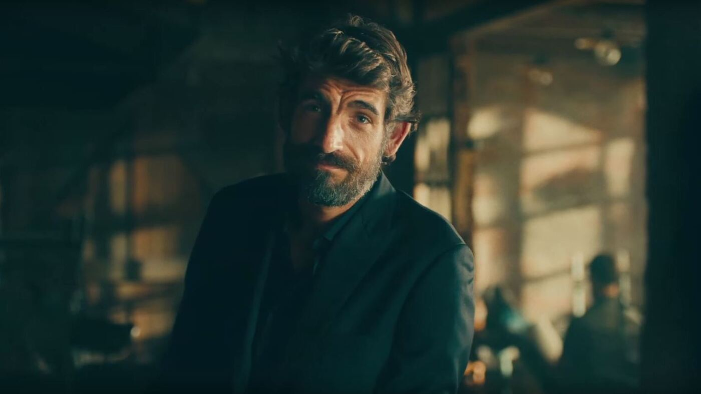 dos equis reveals most interesting man numero dos augustin