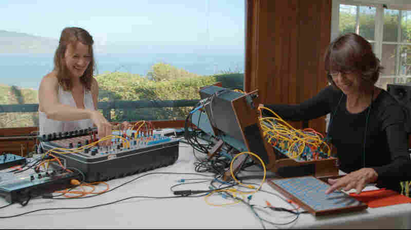 Modular Synths Mimic Life In Suzanne Ciani & Kaitlyn Aurelia Smith's 'Sunergy'