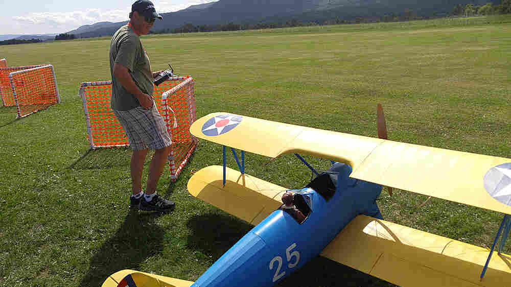 Modern Model Airplanes Blend Art, Aviation And Grown-Up Toys