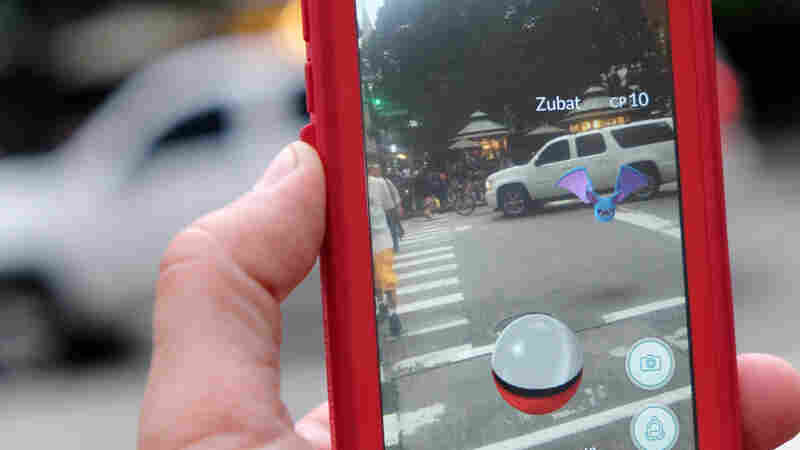 Yes, People Really Are Driving While Playing Pokemon Go