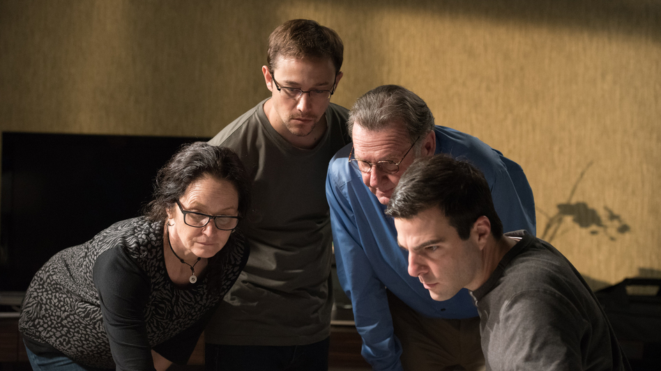 """This image released by Open Road Films shows, from left, Melissa Leo as Laura Poitras, Joseph Gordon-Levitt as Edward Snowden, Tom Wilkinson as Ewen MacAskill and Zachary Quinto as Glenn Greenwald, in a scene from """"Snowden."""" (AP)"""