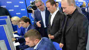 Putin's United Russia Party Wins Big In Election; Some Ballot-Stuffing Seen