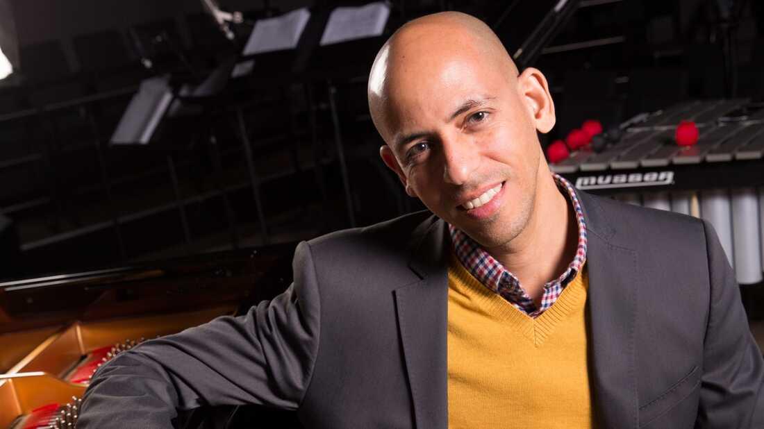 In 'Latin American Songbook,' Edward Simon Rethinks The American Jazz Standard