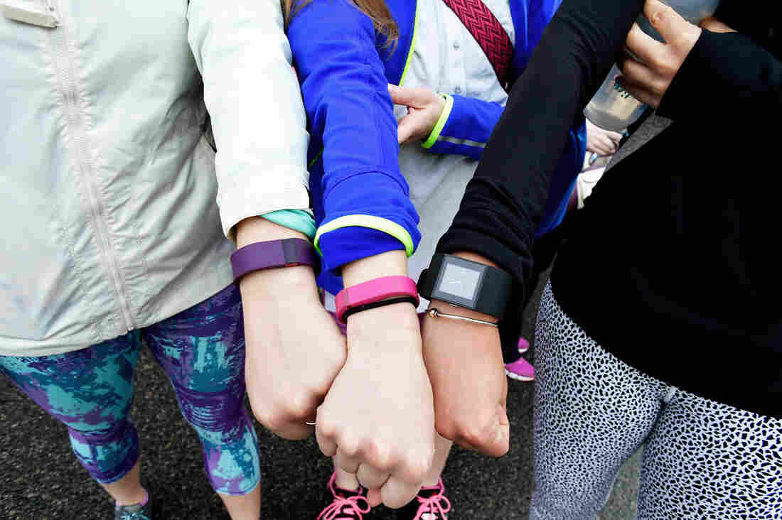 Weight Loss On Your Wrist? Fitness Trackers May Not Help