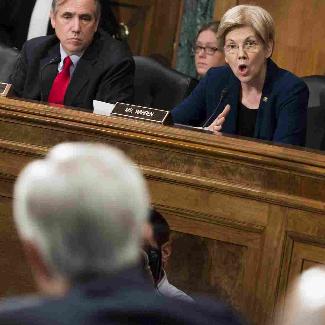 'You Should Resign': Watch Sen. Elizabeth Warren Grill Wells Fargo CEO John Stumpf