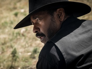 Denzel Washington stars in The Magnificent Seven.