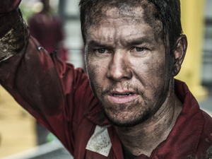 Mark Wahlberg in the film Deepwater Horizon.