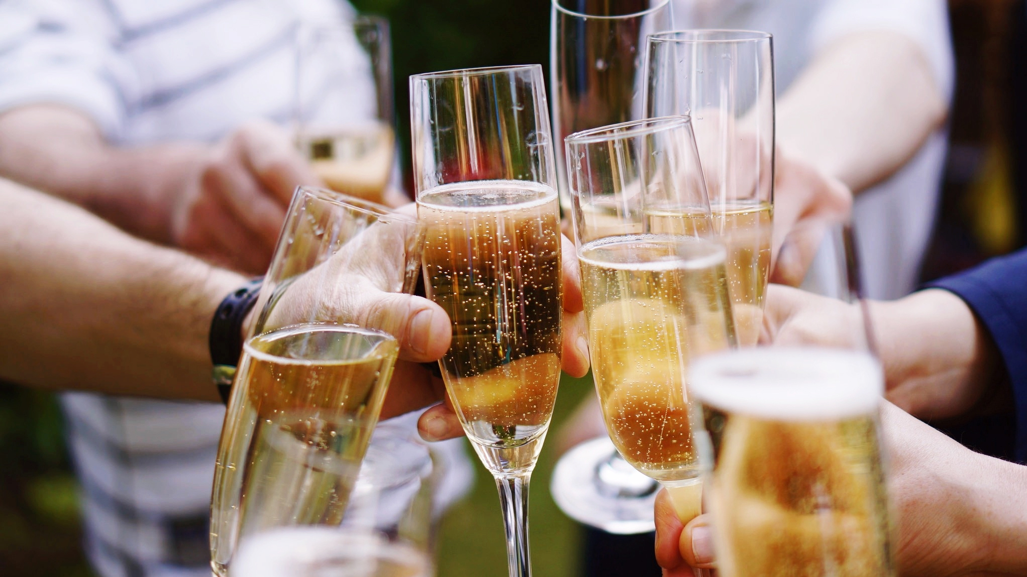 Growing Champagne Trend Uncorking Ways To Celebrate