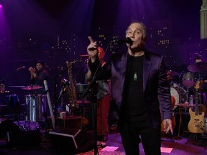 Paul Simon performing at Austin City Limits.
