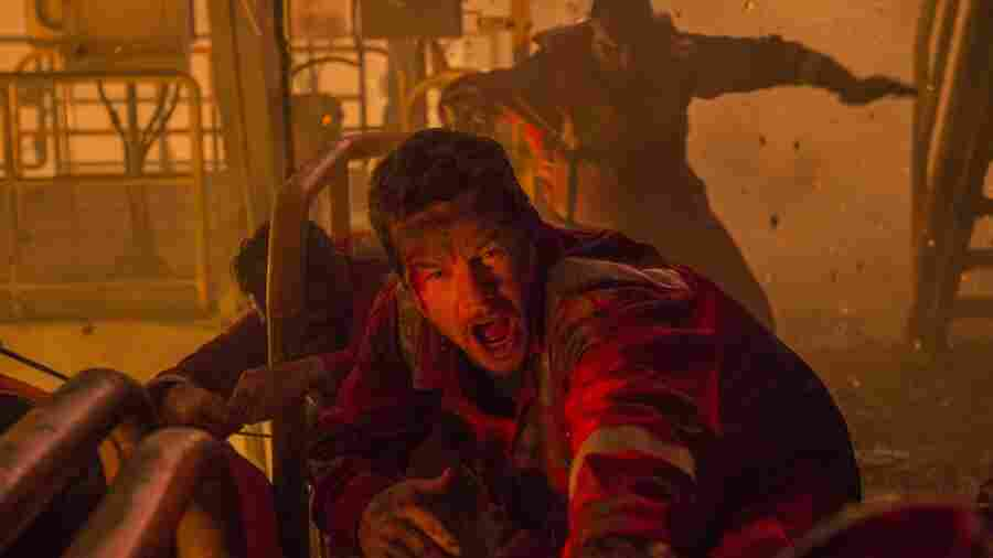 'Deepwater Horizon' Honors The Sacrifice Without Sacrificing The Action