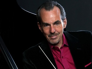 Lee Musiker is featured in this episode of Piano Jazz.