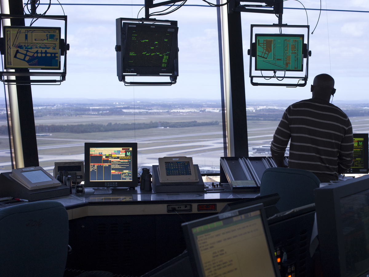automation in air traffic controller Air traffic controllers  a tiny 3% of people accepted onto controller training courses complete the qualification astill says there are all sorts of reasons for this.