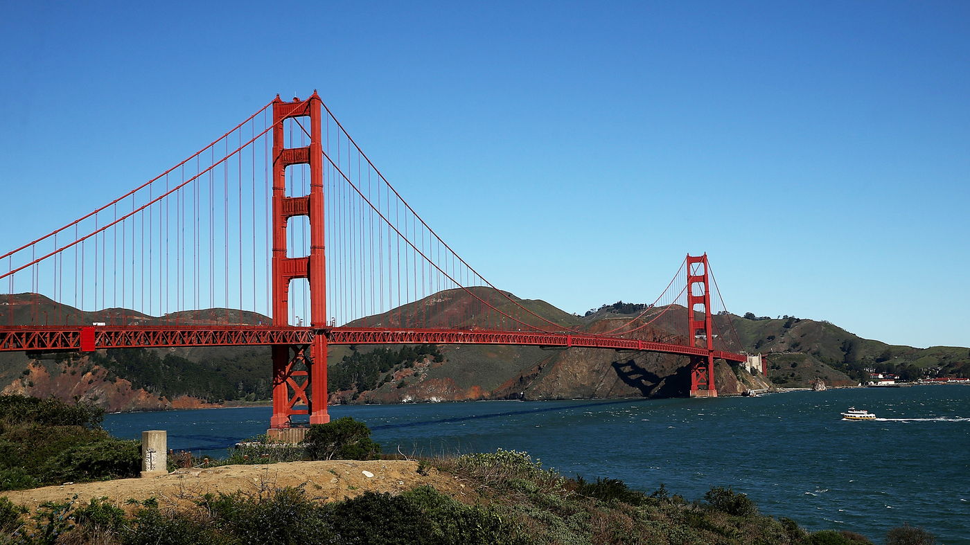 At Golden Gate Bridge Texting Offers New Lifeline To