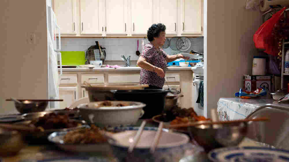 Think 'Chinese Food' Means Lo Mein? Home Cooking Brings More To The Table