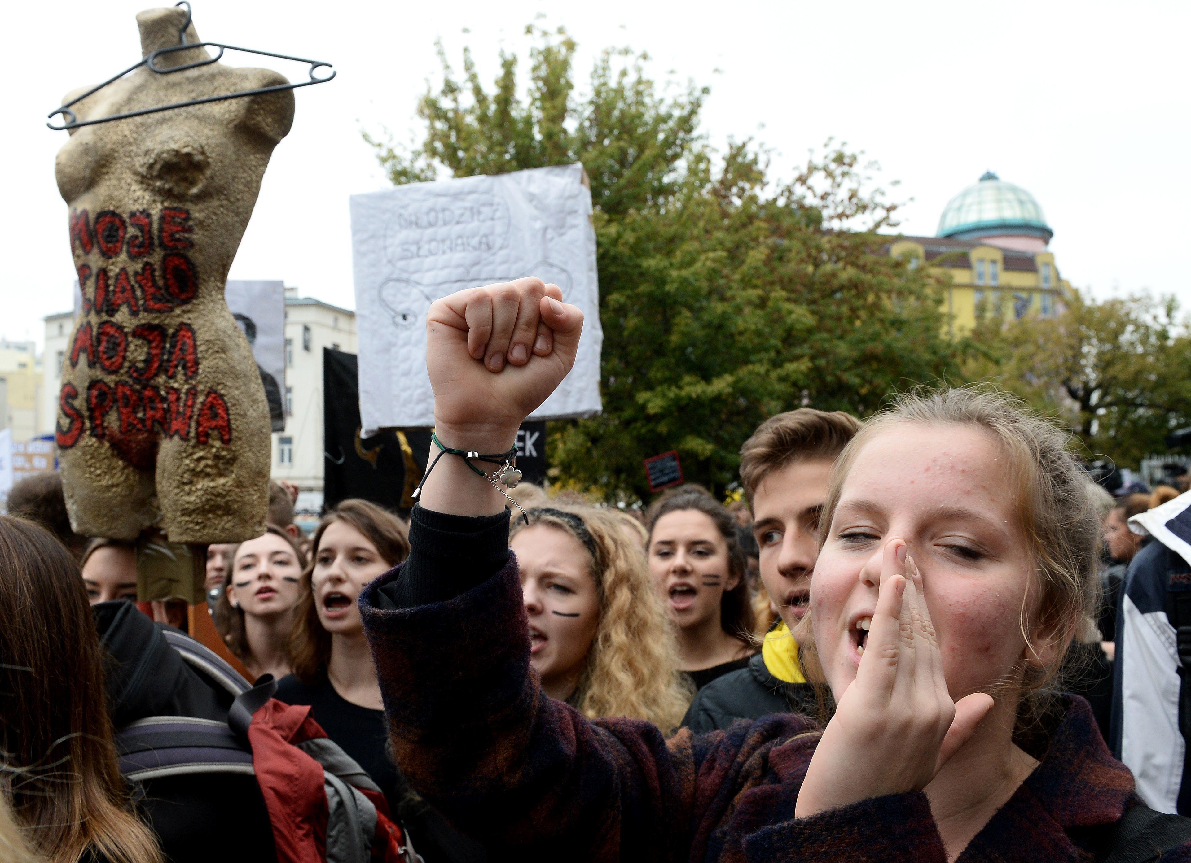 After Protests, Polish Legislators Vote To Reject Abortion Ban