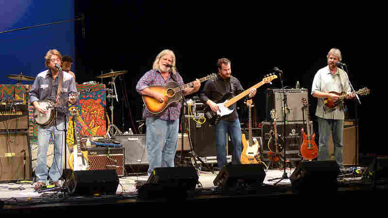 Leftover Salmon On Mountain Stage