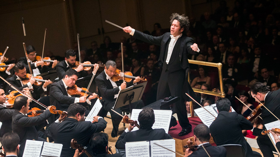 Gustavo Dudamel led the Simón Bolívar Symphony Orchestra to open the new season of concerts at Carnegie Hall Thursday, Oct. 6. (Carnegie Hall)