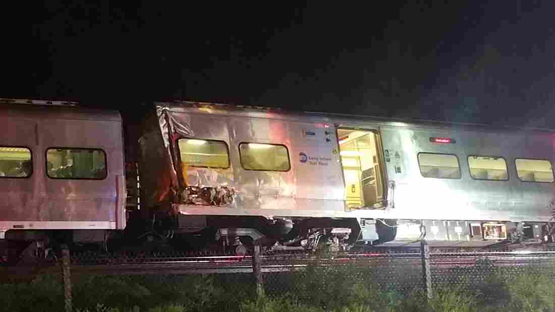 Commuter Train Derails East of NYC, Injuring 11